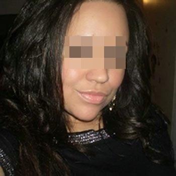 Belle black de Ajaccio adorant le sexe