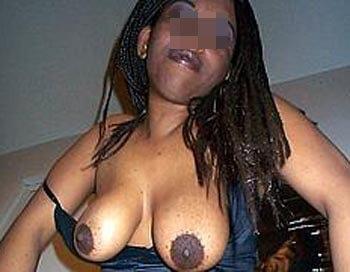 Femme black pour une fel baveuse à Istres